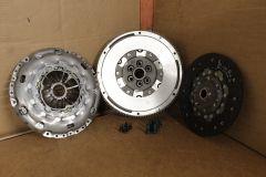 VW Audi Skoda SEAT 2.0 TDi 240mm LUK clutch & DMF flywheel kit Genuine VW parts