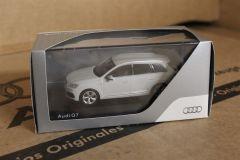 Audi Q7 White 1:43 Scale Model 5011407623 New Genuine Audi Merchandise
